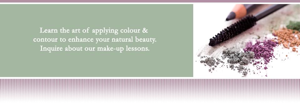 Image of makeup and makeup brushes